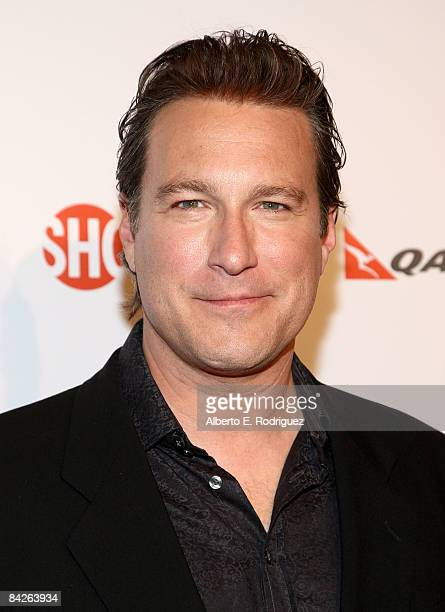 Actor John Corbett arrives at the premiere of Showtime's United States of Tara at the DGA Theater on January 12 2009 in Los Angeles California