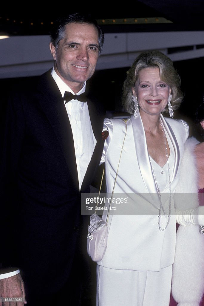 Actor John Gavin and actress Constance Towers attend the Army Ball on June 7, 1986 at the Beverly Hilton Hotel in Beverly Hills, California.