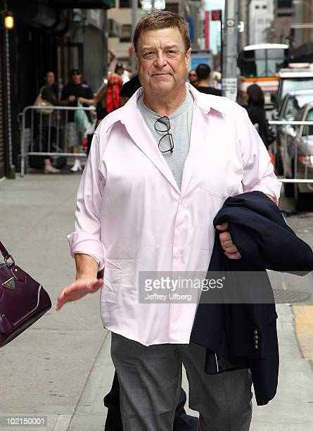 Actor John Goodman visits 'Late Show With David Letterman' at the Ed Sullivan Theater on June 16 2010 in New York City