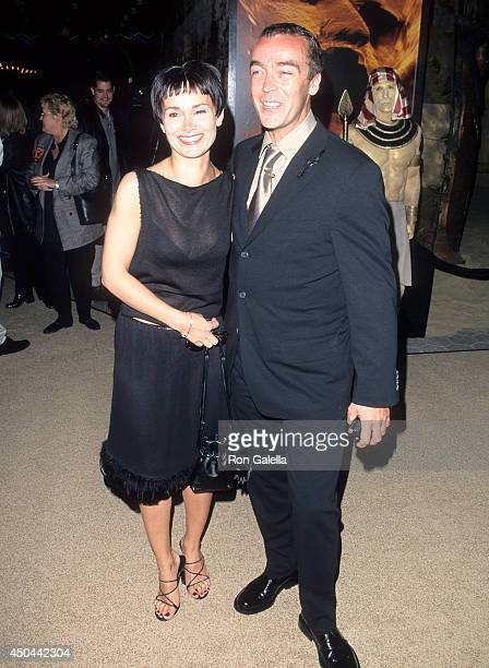 Actor John Hannah and wife Joanna Roth attend The Mummy Universal City Premiere on May 4 1999 at Cineplex Odeon Universal City Cinemas in Universal...