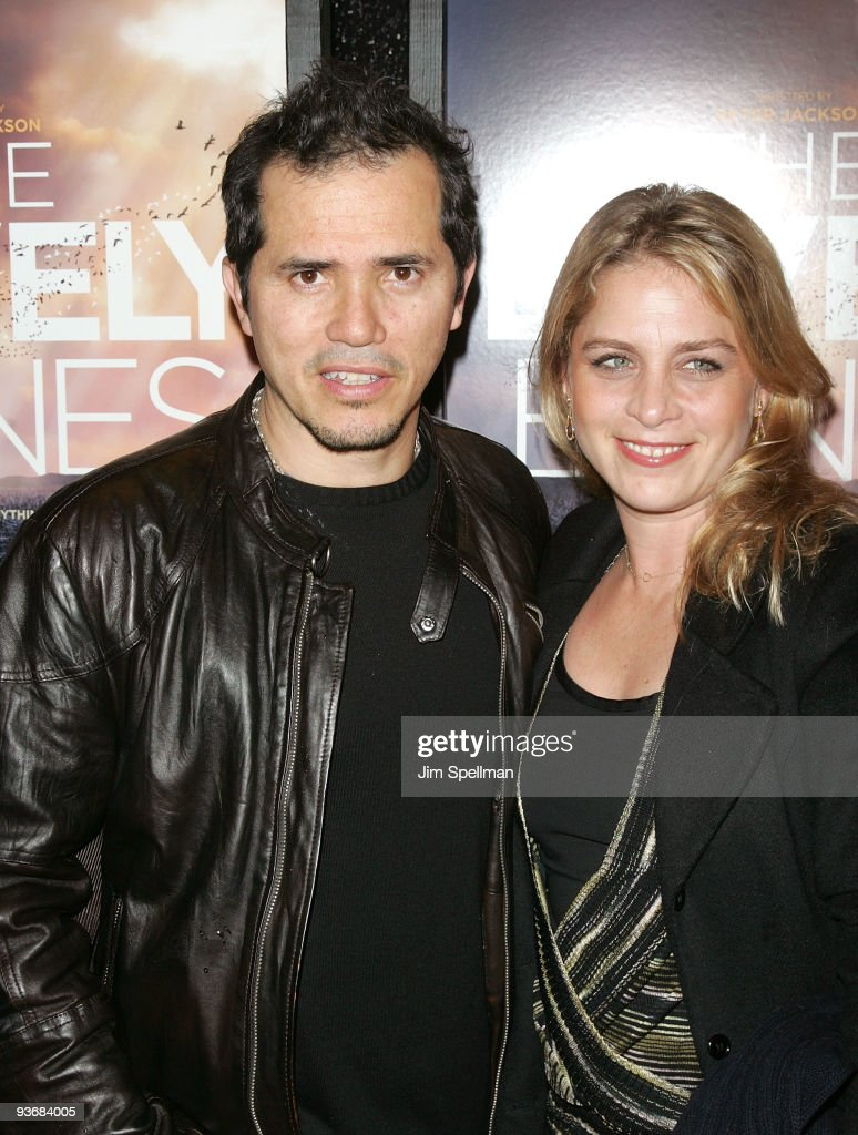 Actor John Leguizamo and wife Justine Maurer attends the ...