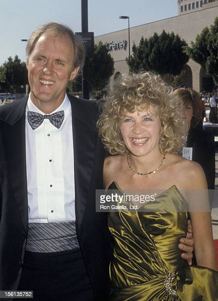 Actor John Lithgow and wife Mary Yeager attending 38th Annual Primetime Emmy Awards on September 21 1986 at the Pasadena Civic Auditorium in Pasadena...