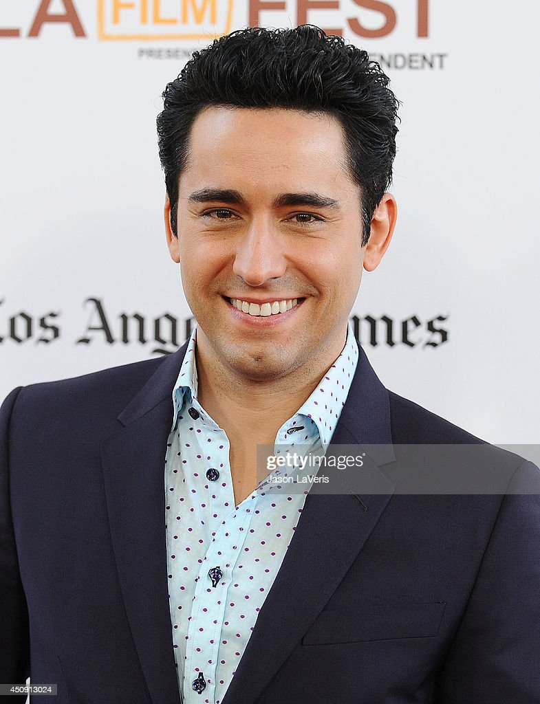 john lloyd young net worth