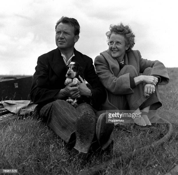 1952 Actor John Mills and his wife Mary Hayley Bell
