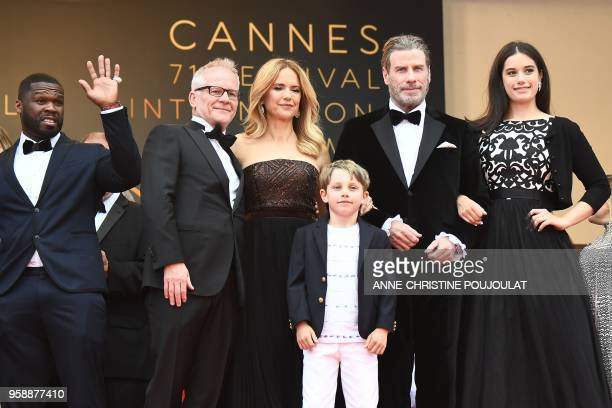 US actor John Travolta his wife US actress Kelly Preston and their children Ella Bleu Travolta and Benjamin Travolta pose with US rapper 50 Cent and...
