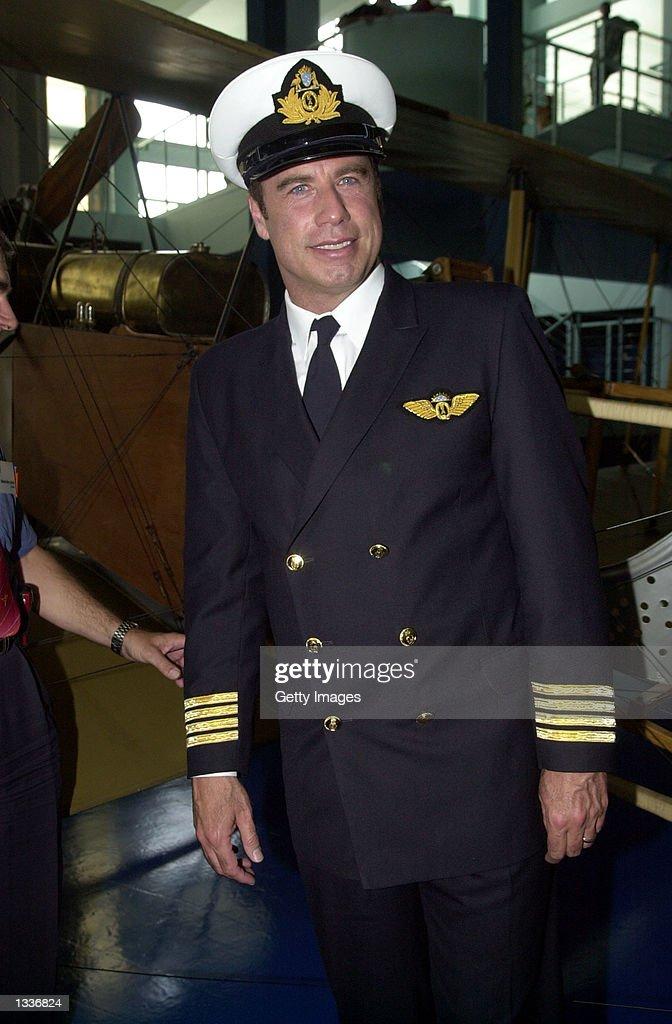 John travolta pilot license