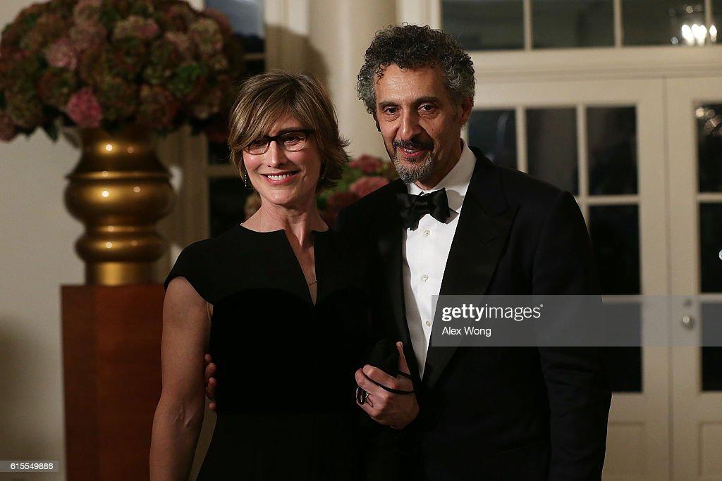 President And Mrs. Obama Host State Dinner For Italian PM Renzi : News Photo