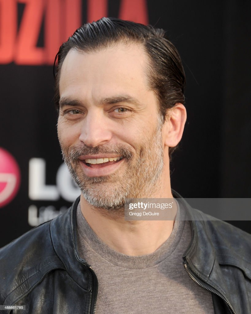 Actor Johnathon Schaech arrives at the Los Angeles premiere of 'Godzilla' at Dolby Theatre on May 8, 2014 in Hollywood, California.