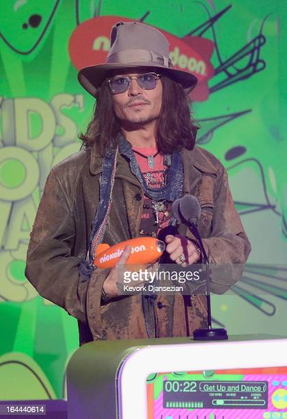 Actor Johnny Depp accepts Favorite Movie Actor award for 'Dark Shadows' onstage during Nickelodeon's 26th Annual Kids' Choice Awards at USC Galen...