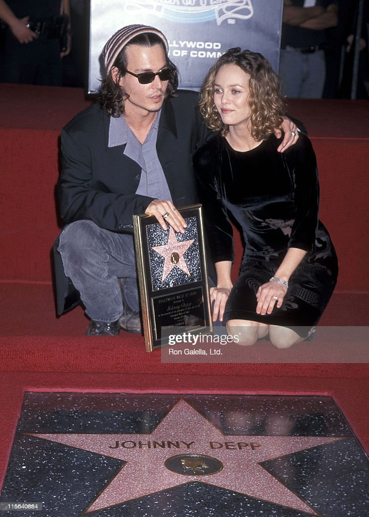 Actor Johnny Depp and girlfriend Vanessa Paradis attend the Hollywood Walk of Fame ceremony to honor Johnny Depp on November 16, 1999 at 7018 Hollywood Boulevard in Hollywood, California.