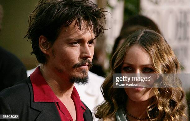 Actor Johnny Depp and wife Vanessa Paradis arrives to the 63rd Annual Golden Globe Awards at the Beverly Hilton on January 16 2006 in Beverly Hills...