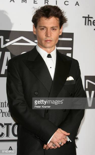 Actor Johnny Depp attends The Actors Fund of America's star studded gala 'That's Entertainment' on October 30 2004 at The Waldorf Astoria in New York...