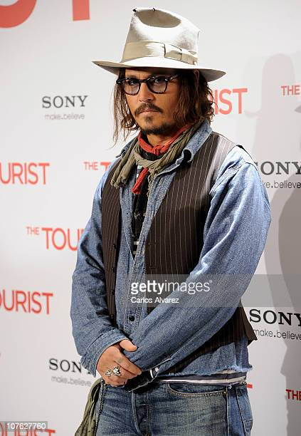 """Actor Johnny Depp attends """"The Tourist"""" photocall at Villamagna Hotel on December 16, 2010 in Madrid, Spain."""