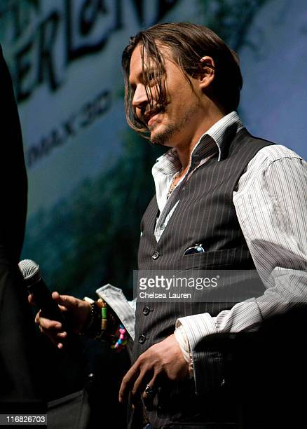 Actor Johnny Depp speaks at 'Alice in Wonderland' press conference during ComicCon 2009 held at San Diego Convention Center on July 23 2009 in San...