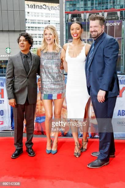 Actor Jon Bass US actress Kelly Rohrbach US actress Ilfenesh Hadera and Director Seth Gordon attend the 'Baywatch' Photo Call in Berlin on May 30...