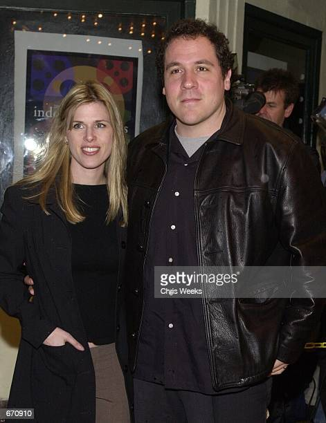 Actor Jon Favreau and wife arrive at the 16th Annual IFP/West Independent Spirit Awards Nomination Announcement Party on January 10 2001 at the El...