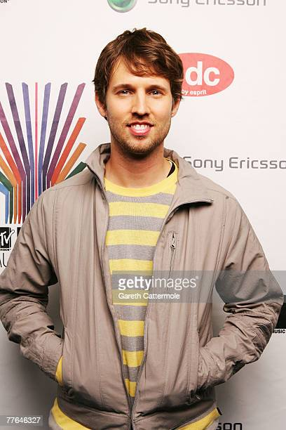 Actor Jon Heder poses in the Awards Room during the MTV Europe Music Awards 2007 at the Olympiahalle on November 1 2007 in Munich Germany