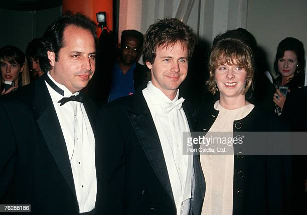 Actor Jon Lovitz Dana Carvey and wife Paula Swaggerman attending 5th Annual Comedy Awards on March 9 1991 at Shrine Auditorium in Los Angeles...