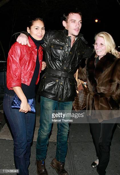 Actor Jonathan Rhys Meyers girlfriend Reena Hammer and friend visit Ye Waverly Inn restaurant on March 20 2008 in New York City