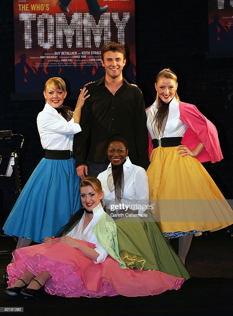 Lyric lyric theatre london : actor-jonathan-wilkes-attends-a-photocall-to-promote-the-new-musical-picture-id52131262