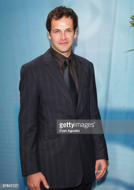 Actor Jonny Lee Miller attends the CBS Upfront Presentation at Tavern On The Green May 17 2006 in New York City