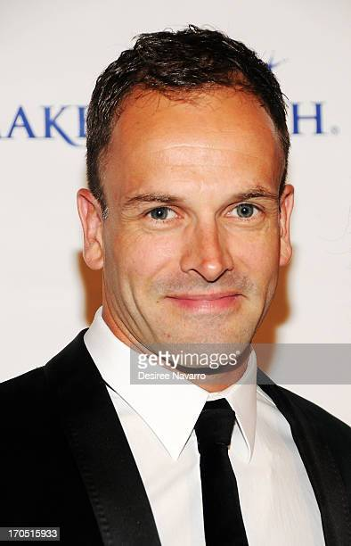Actor Jonny Lee Miller attends the MakeAWish Metro New York 30th Anniversary Gala at Cipriani Wall Street on June 13 2013 in New York City