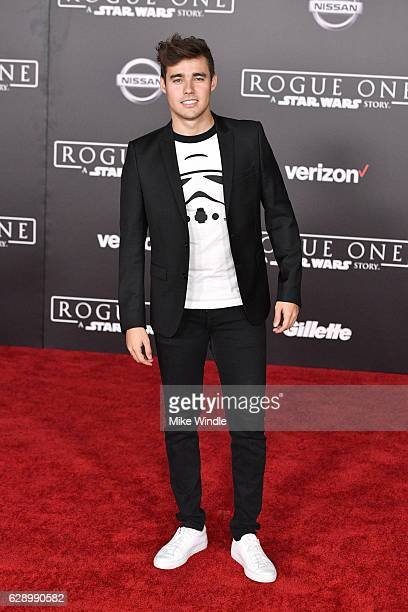 Actor Jorge Blanco attends the premiere of Walt Disney Pictures and Lucasfilm's Rogue One A Star Wars Story at the Pantages Theatre on December 10...