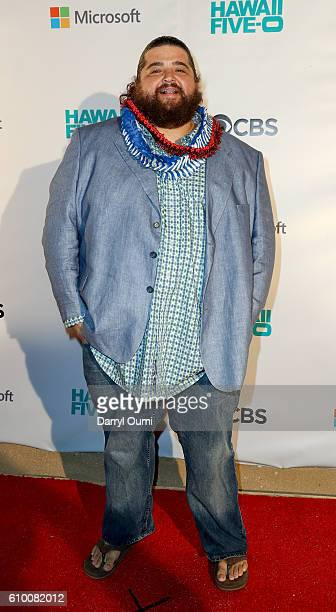 Actor Jorge Garcia arrives at the CBS 'Hawaii Five-0' Sunset On The Beach Season 7 Premier Event at Queen's Surf Beach on September 23, 2016 in...