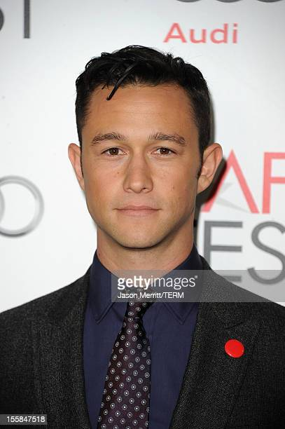 Actor Joseph GordonLevitt arrives at the Lincoln premiere during AFI Fest 2012 presented by Audi at Grauman's Chinese Theatre on November 8 2012 in...