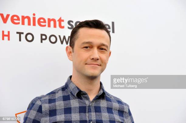 Actor Joseph GordonLevitt attends an advance Fandango screening of Paramount Pictures' 'An Inconvenient Sequel Truth To Power' at The Greek Theatre...