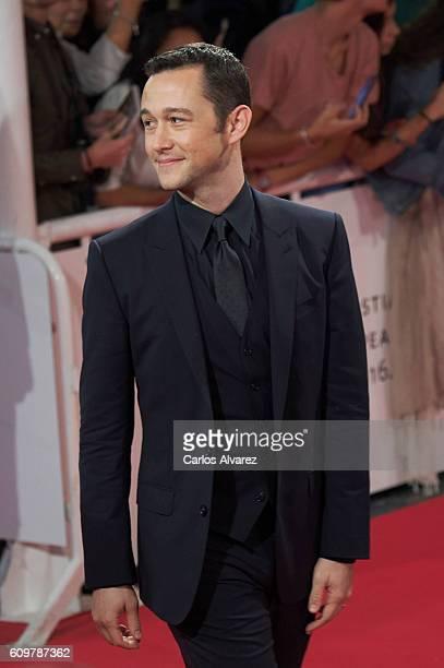 Actor Joseph Gordon-Levitt attends the red carpet of 'Snowden' premiere during the 64th San Sebastian International Film Festival at Kursaal Palace...