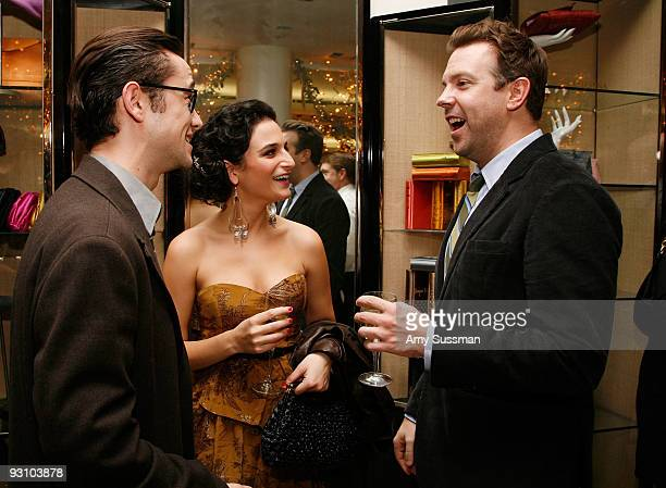 Actor Joseph GordonLevitt from SNL Jenny Slate and Jason Sudeikis attend the Barneys New York unveiling of the 2009 Holiday Window Celebrating 35...