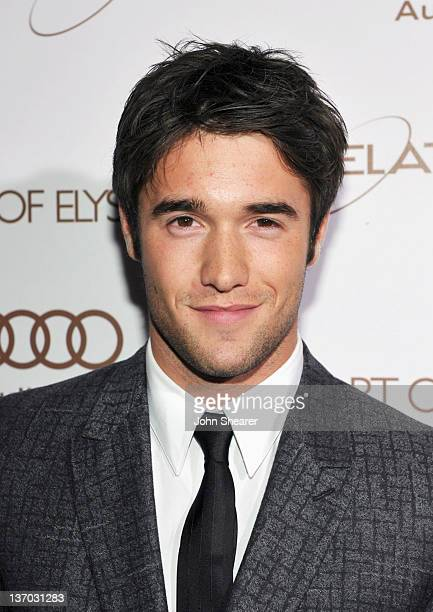 Actor Josh Bowman arrives at Audi presents The Art of Elysium's 5th annual HEAVEN at Union Station on January 14, 2012 in Los Angeles, California.
