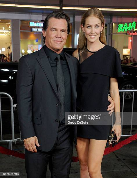 Actor Josh Brolin and Kathryn Boyd arrive at the premiere of Universal Pictures' 'Everest' at TCL Chinese 6 Theatres on September 9 2015 in Hollywood...