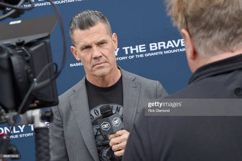 Actor Josh Brolin attends 'Only The Brave' Nashville screening hosted by Dierks Bentley at The Belcourt Theatre on October 12, 2017 in Nashville, Tennessee.