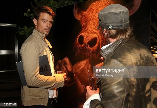 Actor Josh Duhamel and artist Mark Evans attend CARTELART presents Mutual Consent Featuring Jordi Molla Antonio del Prete Mark Evans And Harry...