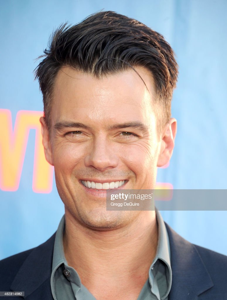 2014 Television Critics Association Summer Press Tour - CBS, CW And Showtime Party : News Photo