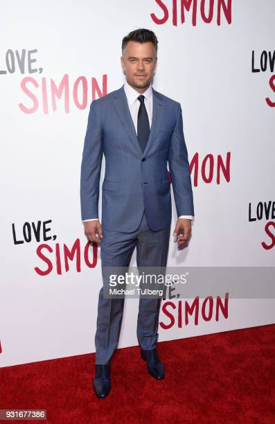 "Actor Josh Duhamel attends a special screening of 20th Century Fox's ""Love, Simon"" at Westfield Century City on March 13, 2018 in Los Angeles,..."
