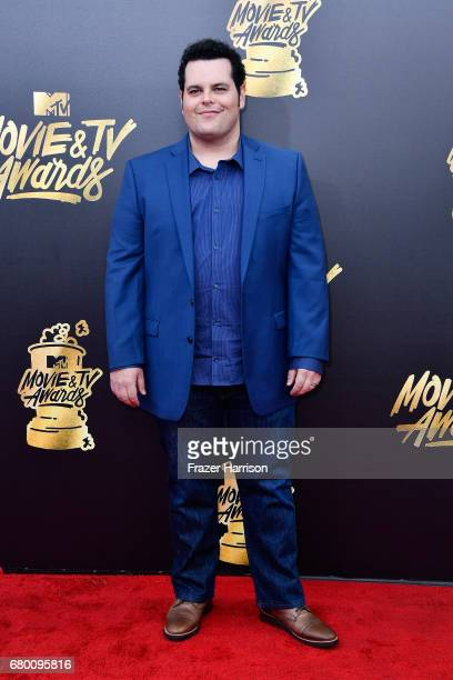 Actor Josh Gad attends the 2017 MTV Movie And TV Awards at The Shrine Auditorium on May 7 2017 in Los Angeles California