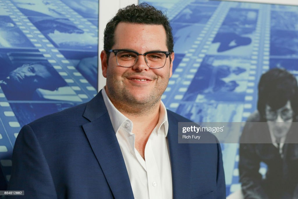 Actor Josh Gad attends the premiere of HBO's 'Spielberg' at Paramount Studios on September 26, 2017 in Hollywood, California.