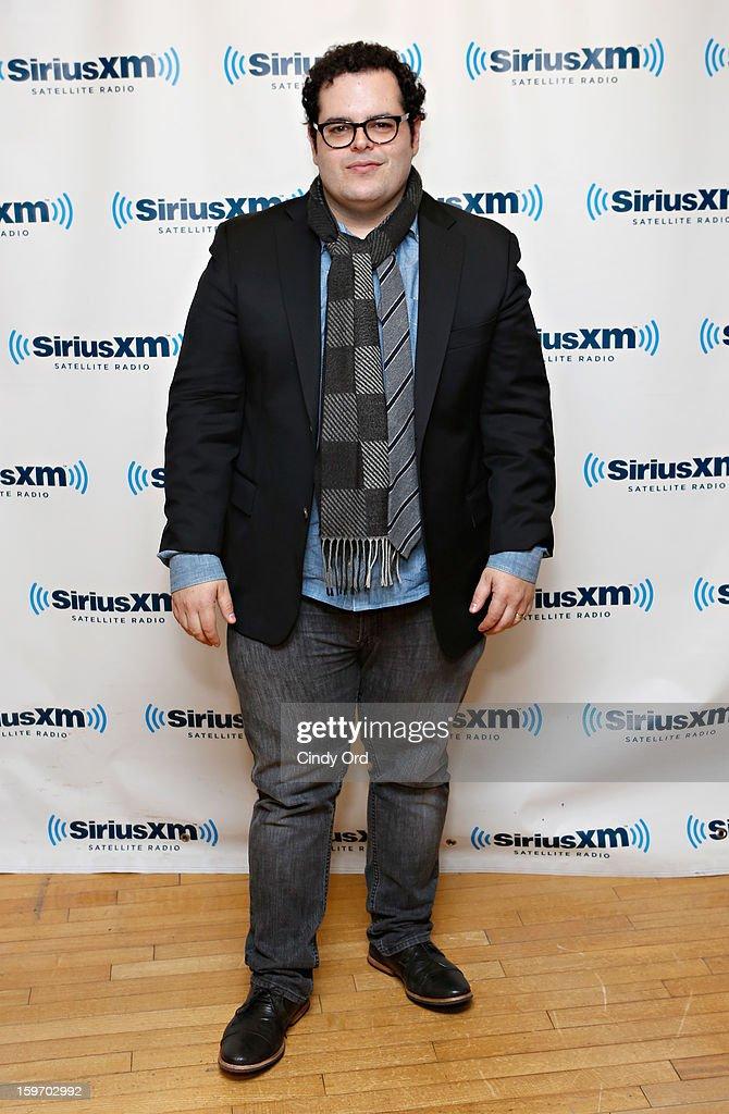 Actor Josh Gad visits the SiriusXM Studios on January 18, 2013 in New York City.