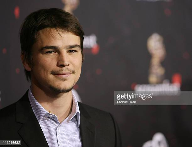 """Actor Josh Hartnett arrives at Sony Pictures Los Angeles Premiere of """"30 Days of Night"""" held at Grauman's Chinese Theatre on October 16, 2007 in..."""