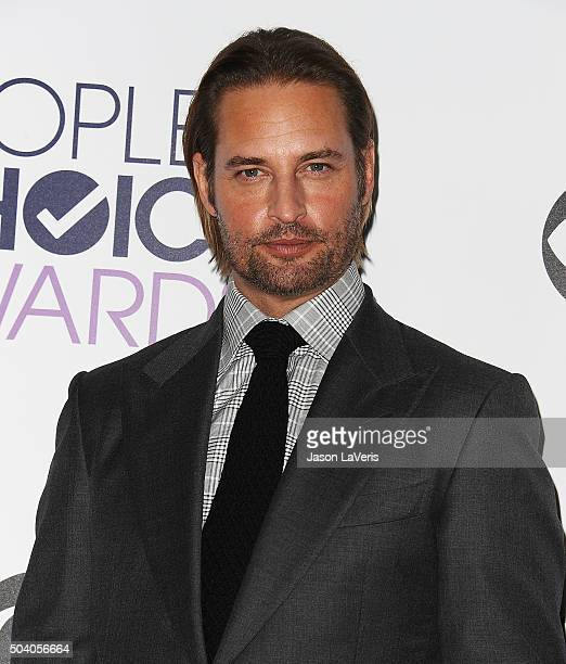 Actor Josh Holloway poses in the press room at the 2016 People's Choice Awards at Microsoft Theater on January 6 2016 in Los Angeles California