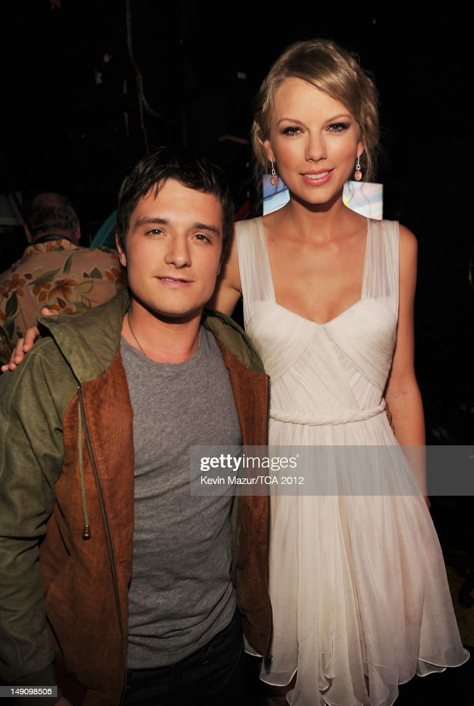 Actor Josh Hutcherson and singer Taylor Swift attend the 2012 Teen Choice Awards at Gibson Amphitheatre on July 22, 2012 in Universal City, California.