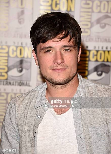 Actor Josh Hutcherson of The Hunger Games Mockingjay Part 2 attends the Lionsgate press room during ComicCon International 2015 at the Hilton...