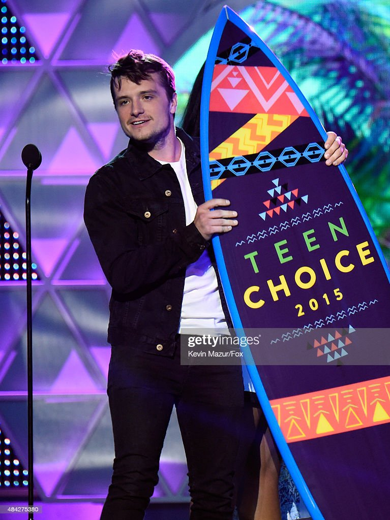 Teen Choice Awards 2015 - Roaming Show : News Photo