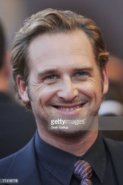 """Actor Josh Lucas arrives for the German premiere of """"Poseidon"""" July 11, 2006 at the Berlinale Palast in Berlin, Germany."""