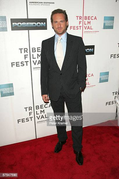 """Actor Josh Lucas attends the """"Poseidon"""" premiere at the Tribeca Performing Arts Center May 6, 2006 in New York City."""
