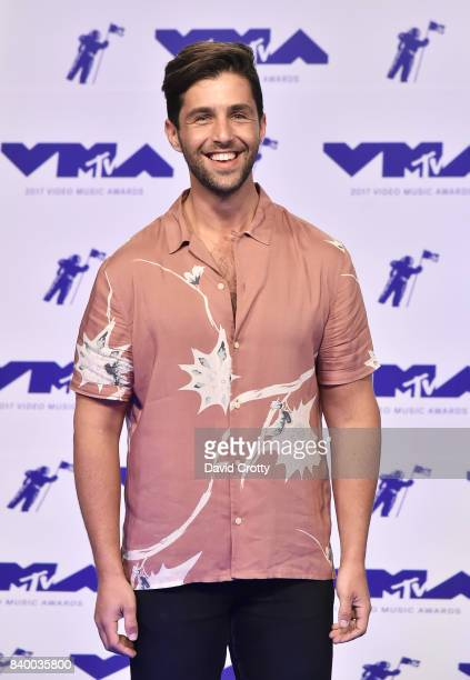 Actor Josh Peck attends the 2017 MTV Video Music Awards at The Forum on August 27 2017 in Inglewood California