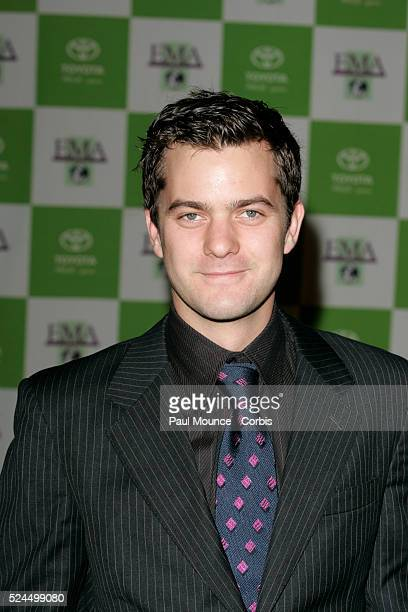 Actor Joshua Jackson arrives at the 14th Annual Environmental Media Association Awards held at the Ebell Club of Los Angeles